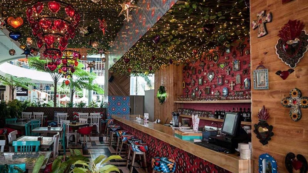 Restaurante Milagros El Tesoro Parque Comercial Medellín